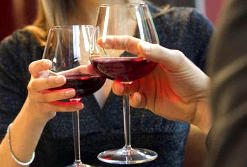 Как правильно пить алкоголь во время гормональной терапии