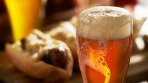 В составе безалкогольного пива присутствует минимальное количество спирта, по этой причине напиток для кодируемых строго запрещен