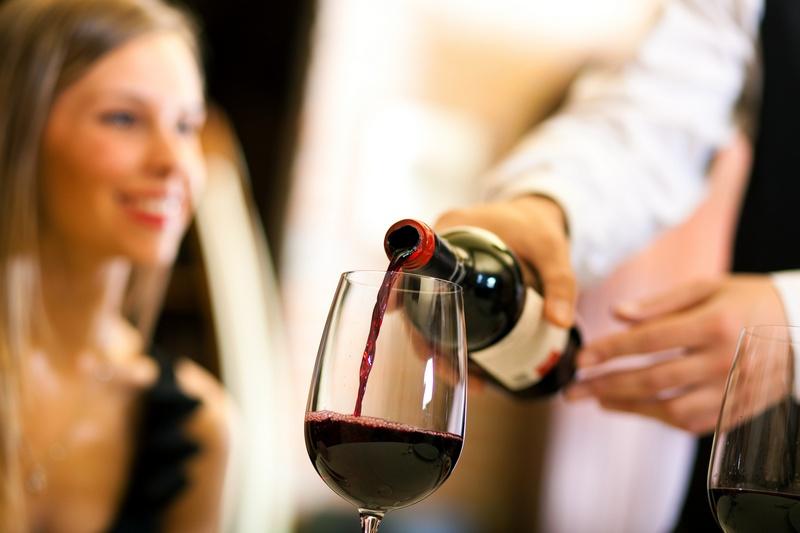 Правила употребления красного вина в целях лечения