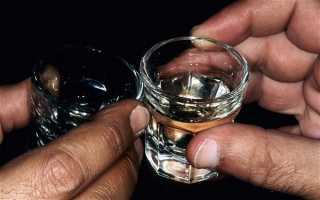 Ограничения и запреты — можно ли пить водку при язве желудка?