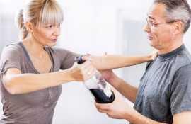 Полезные советы психолога о том, как вести себя с алкоголиком