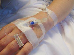 медикаментозные методы лечения включают в себя процедуры, уколы и капельницы